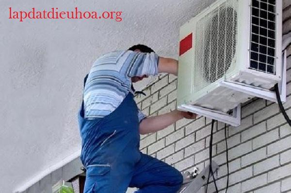 Dàn nóng cần được lắp ở nơi thông thoáng